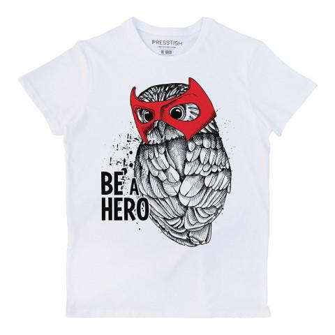 Be A Hero baskılı tasarım tişört. %100 pamuklu baskılı tişört. Presstish organik erkek tasarım baskılı tişört çeşitleri. Hediyelik tasarım tshirt. Tişört baskı.