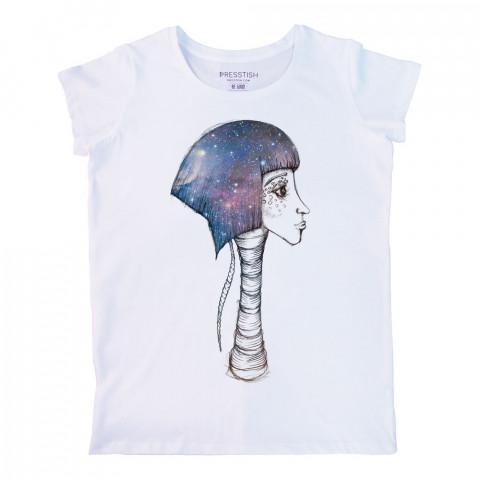 Space Girl baskılı tasarım tişört. %100 pamuklu baskılı bayan tişört. Presstish tasarım baskılı tişört. Hediyelik kadın tişört. Tişört baskı. Baskılı tasarım tshirt.