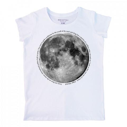 Moon Geo baskılı tasarım tişört. %100 pamuklu baskılı bayan tişört. Presstish tasarım baskılı tişört. Hediyelik kadın tişört. Tişört baskı. Baskılı tasarım tshirt.