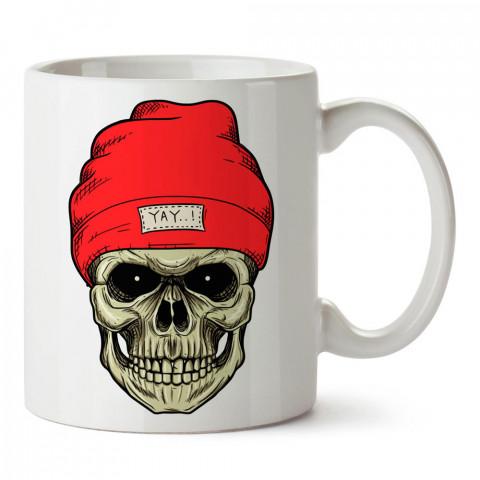 Kırmızı Bereli Kuru Kafa tasarım baskılı porselen kupa bardaklar (mug). Kahve kupası.