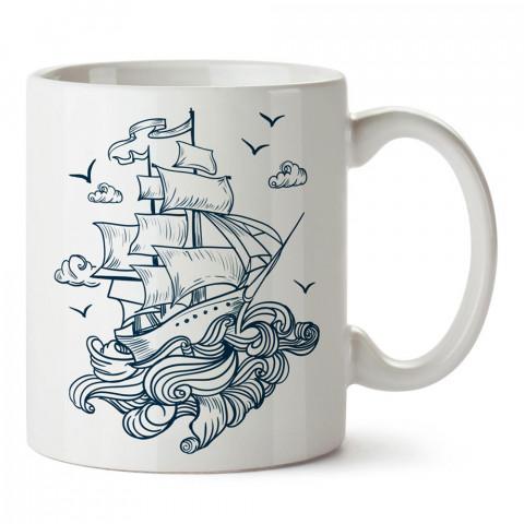 Uçan Büyük Yelkenli tasarım baskılı porselen kupa bardak modelleri (mug bardak). Denizcilere, yelkencilere ve deniz sevenlere hediye. Kahve kupası.
