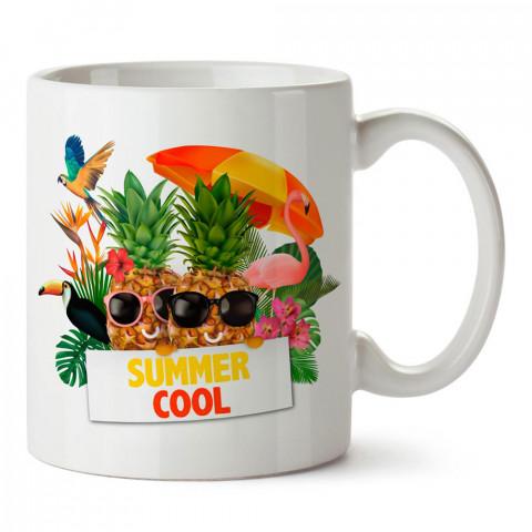 Summer Cool Gözlüklü Ananaslar tasarım baskılı porselen kupa bardak modelleri (mug bardak). Yaz mevsimi, tatil ve seyahat sevenlere hediye. Kahve kupası.