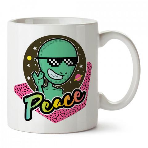 Dost Uzaylı tasarım baskılı porselen kupa bardak modelleri (mug bardak). Sevdiklerinizi mutlu edecek hediyeler. Kahve kupası.