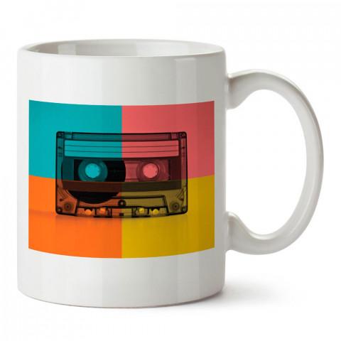 Retro Kaset tasarım baskılı porselen kupa bardak modelleri (mug bardak). Sevdiklerinizi mutlu edecek hediyeler. Kahve kupası.