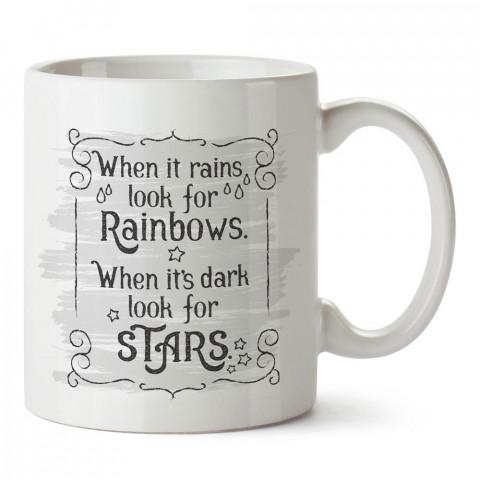 Gökkuşağını ve Yıldızları Ara yazılı tasarım baskılı porselen kupa bardak modelleri (mug bardak). Yazılı desenli hediyelik ürünler. Kahve kupası.