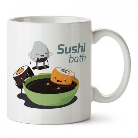 Sushi Banyosu Soya Sosu tasarım baskılı porselen kupa bardak modelleri (mug bardak). Yiyecek çeşitleri desenli hediyelik ürünler. Kahve kupası.