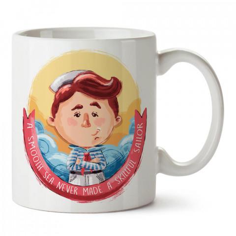 Sakin Denizde Usta Denizci Olunmaz tasarım baskılı porselen kupa bardak modelleri (mug bardak). Denizcilere, yelkencilere ve deniz sevenlere kahve kupası.