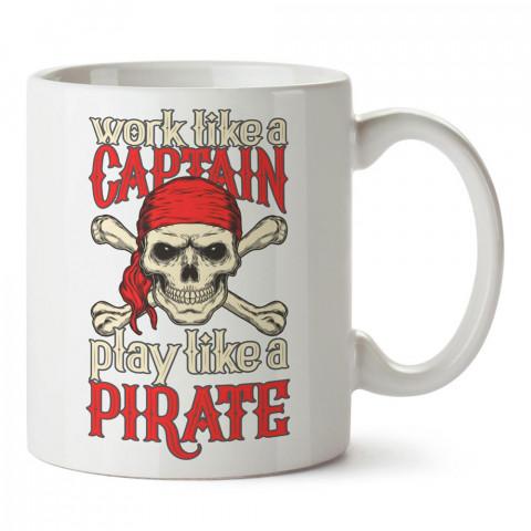 Kaptan Korsan tasarım baskılı porselen kupa bardak modelleri (mug bardak). Sevdiklerinizi mutlu edecek hediye kupalar. Resimli kahve kupası.