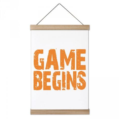 Game Begins tasarım dekoratif ahşap çerçeveli kanvas poster tablo modelleri. Futbolcuya en güzel hediye modern kanvas poster duvar tabloları.