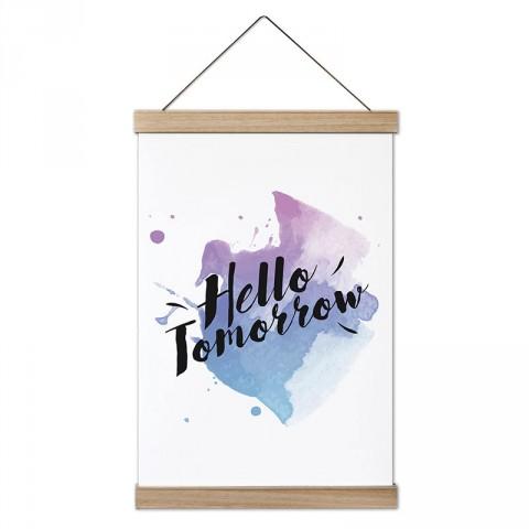 Merhaba Yarın Yazılı tasarım dekoratif ahşap çerçeveli kanvas poster tablo modelleri. Yazı ve anlamlı sözler içeren tasarımlı en güzel hediye modern kanvas posterler.