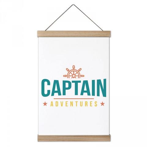 Kaptan Maceraları tasarım ahşap çerçeveli kanvas poster tablo modelleri. Deniz severlere ve denizcilere en güzel hediye modern kanvas poster duvar tabloları.