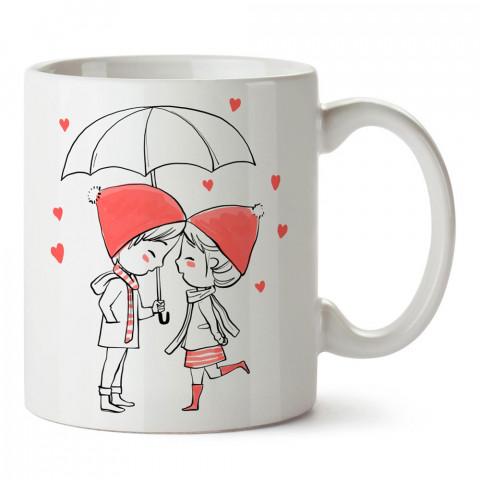 Aşk Yağmuru tasarım baskılı porselen kupa bardak (mug). Sevgiliye hediye aşk içerikli kupa bardaklar. Sevgiliye en güzel hediye kupa. Sevgili için kahve kupası.
