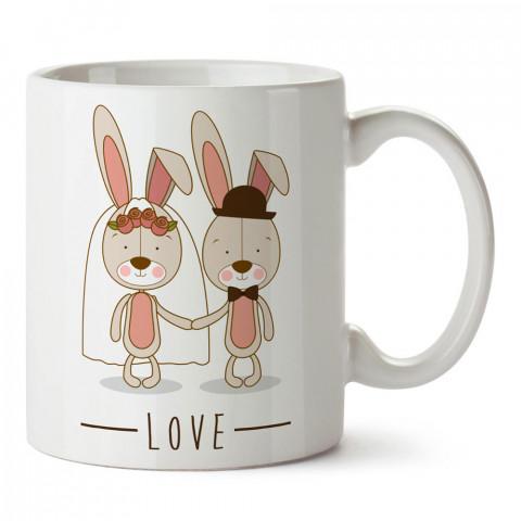 Evlenen Tavşancıklar tasarım baskılı porselen kupa bardak (mug). Sevgiliye hediye aşk içerikli kupa bardaklar. Sevgiliye en güzel hediye kupa. Sevgili için kahve kupası.