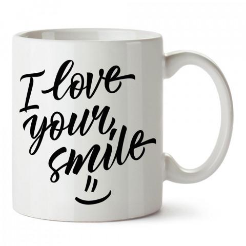 Gülümsemeni Seviyorum tasarım baskılı porselen kupa bardak (mug). Sevgiliye hediye aşk içerikli kupa bardaklar. Sevgiliye en güzel hediye kupa. Sevgili için kahve kupası.