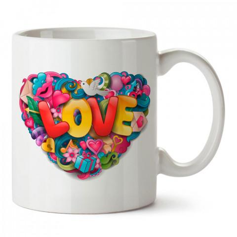 Renkli Love ve Kalp tasarım baskılı porselen kupa bardak (mug). Sevgiliye hediye aşk içerikli kupa bardaklar. Sevgiliye en güzel hediye kupa. Sevgili için kahve kupası.