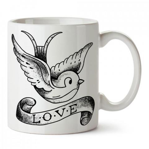Tattoo Love tasarım baskılı porselen kupa bardak (mug). Sevgiliye hediye aşk içerikli kupa bardaklar. Sevgiliye en güzel hediye kupa. Sevgili için kahve kupası.