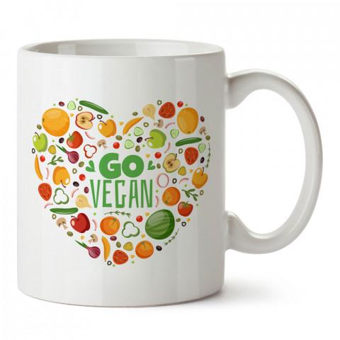 Go Vegan Sebze Meyve Kalp tasarım baskılı kupa bardaklar. Vejetaryene ve vegana hediyelik mug. Vegan tasarım kahve kupası. Vegan ve vejetaryenlere hediye fikirleri.