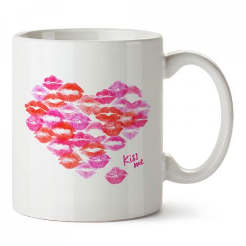 Dudak Desenli Kalp tasarım baskılı porselen kupa bardak (mug). Sevgiliye hediye aşk içerikli kupa bardaklar. Sevgiliye en güzel hediye kupa. Sevgiliye kahve kupası.