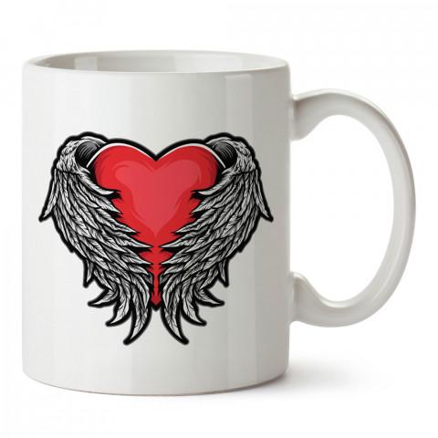 Melek Kanatlı Kırmızı Kalp tasarım baskılı porselen kupa bardak (mug). Sevgiliye aşk içerikli kupa bardaklar. Sevgiliye en güzel hediye kupa. Sevgiliye kahve kupası.