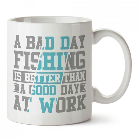 Balıkçılık Tipografik baskılı tasarım kupa bardak (mug bardak). Balıkçıya hediye kupa modelleri. Balıkçılara hediyelik kahve kupası. Balıkçılık sporu konulu hediye.