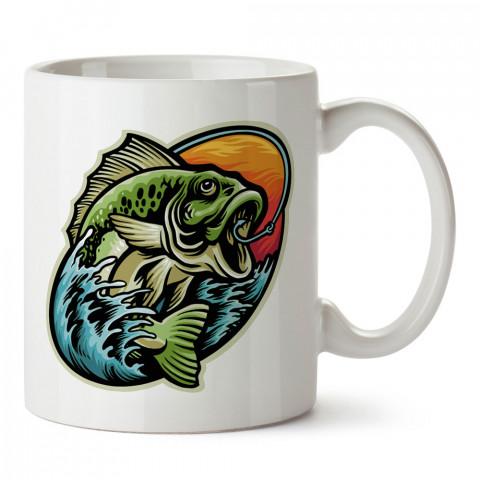 İğne Yutmuş Balık baskılı tasarım kupa bardak (mug bardak). Balıkçıya hediye kupa bardak modelleri. Balıkçılara hediyelik kahve kupası. Balıkçılık sporu konulu hediye.
