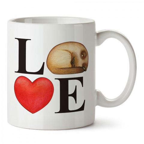 Çizim Kedi Kalp Love tasarım kupa bardak (mug). Kedi severler için hediye. Kedili kupa bardak. Hayvansevere ve kedi besleyenlere hediye.