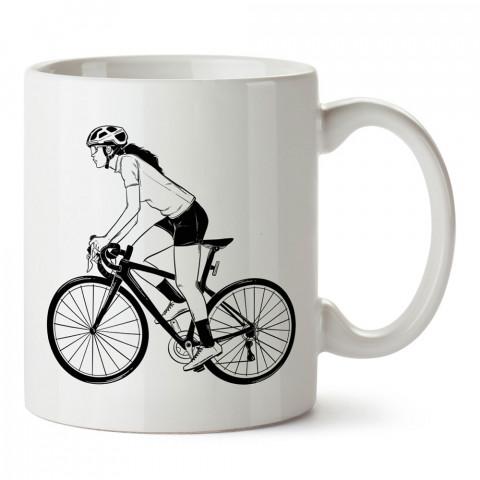Siyah Beyaz Bisikletçi baskılı porselen kupa bardak (mug). Bisikletçiler için en güzel hediye. Bisikletçilere hediye kahve kupası. Bisikletçiye alınabilecek hediyeler.