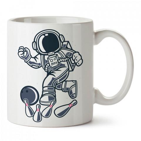 Astronot Bowling tasarım baskılı kupa bardak (mug bardak). Bowling tutkunlarına özel hediyeler. Bowling sevenlere hediye. Bowlingciye hediye kupa bardak.