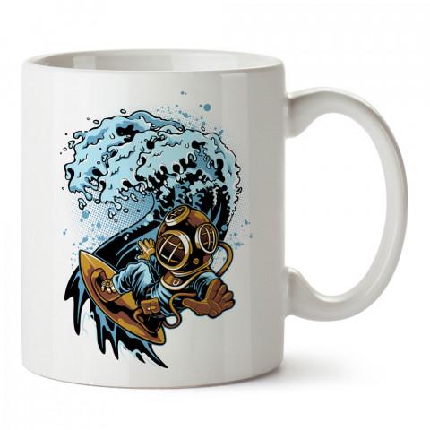 Sörfçü Dalgıç tasarım baskılı porselen kupa bardak (mug). Dalgıça hediye kupa bardak. Dalış sporu yapanlara, scuba diving yapana hediye kupa bardak.