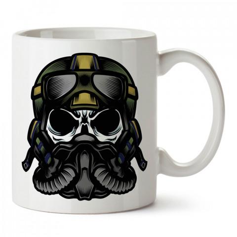Pilot Kuru Kafa tasarım baskılı kupa bardak (mug). Havacılara hediye kupa. Pilota, havacıya, uçuş sevene, hava sporları tutkunlarına hediye kupa bardak.