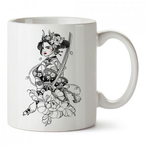 Kunoichi Kadın Ninja tasarım baskılı porselen kupa bardak (mug bardak). Dövüşçülere hediye tasarım kupa bardak. Dövüş tutkunlarına hediye. Dövüşçüye en güzel hediye.