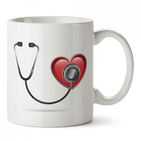Steteskop Doktor tasarım baskılı kupa bardak (mug). Doktorlara ve hemşirelere hediyelik kupa bardak. Sağlık çalışanlarına özel hediye. Sağlıkçılara kupa bardak.