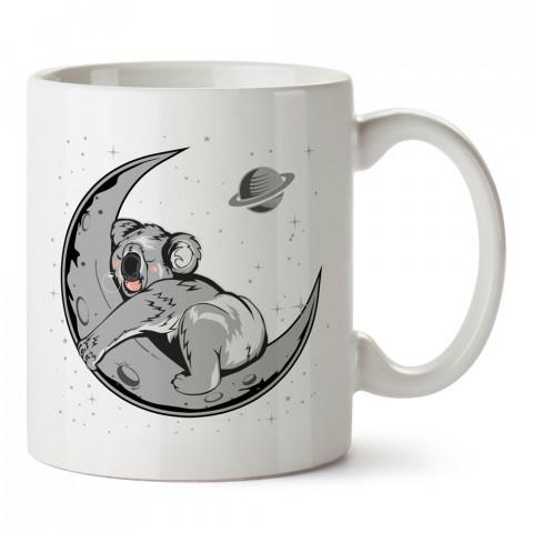Aya Sarılmış Koala tasarım baskılı kupa bardak (mug bardak). En güzel baskılı kupa bardak çeşitleri. Tasarım kupa bardak çeşitleri. Hediye kupa. Kahve kupası.