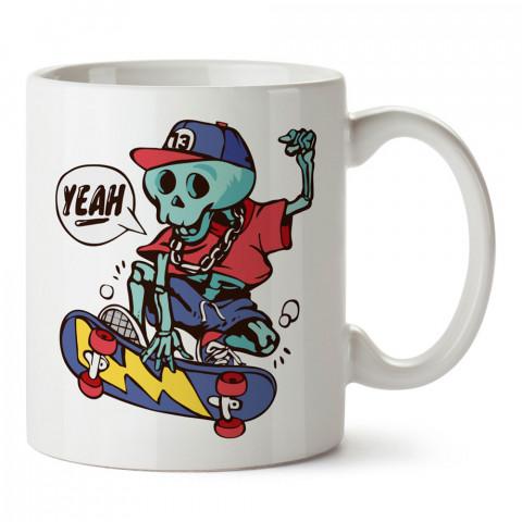 Yeah Kaykaycı İskeletor tasarım baskılı kupa bardak (mug bardak). Kaykaycılara ve patencilere hediye kupa bardak modelleri. Patenciye ve kaykaycıya hediye.