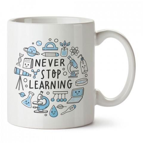 Öğrenmeyi Asla Bırakma tasarım baskılı kupa bardak (mug bardak). Öğretmene hediye kupa bardak modelleri. Öğretmenlere hediye seçenekleri. Öğretmen kupası.
