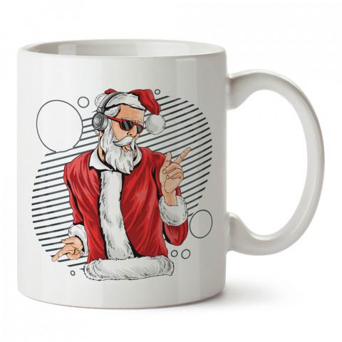 Dj  Noel Baba tasarım baskılı kupa bardak (mug bardak). Yılbaşı hediyesi kupa. En güzel yılbaşı hediyeleri. Yeni yıl için hediyelik ürünler. Yılbaşı tasarım.